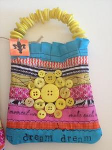 Button Up Tiny Tote