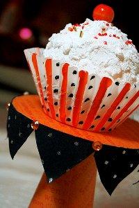 CD Cupcake Stand 10