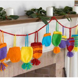 Bright Knit Garland