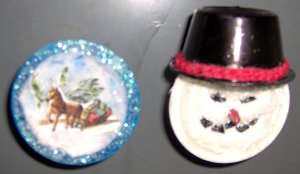 Plastic Holiday Magnets