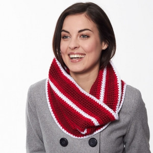 scene-stealing holiday cowl