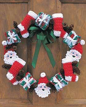 Crocheted Christmas Wreath Pin