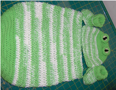 Frog Crochet Coccoon, Hat and Booties Set