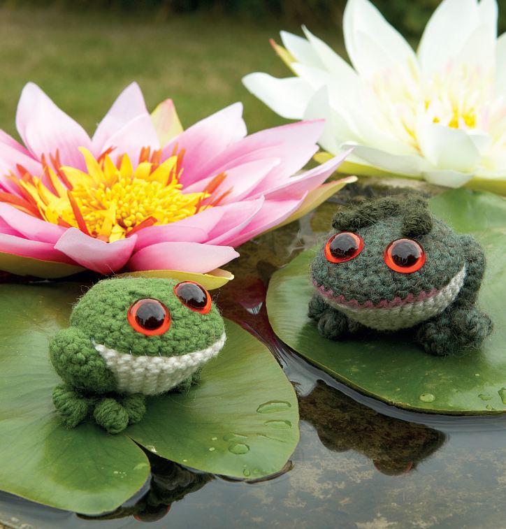Little Frogs And Toads Crochet Amigurumi Pattern