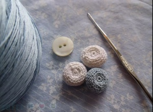 lacy crochet buttons