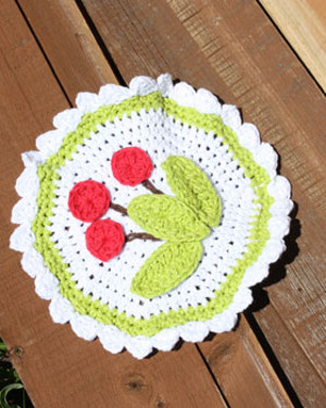 scalloped cherry dish cloth