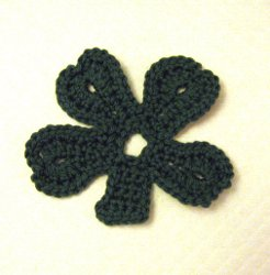Ravelry: Filet crochet Celtic Shamrock pattern by Patricia Bishop