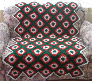 http://www.favecrafts.com/master_images/Crochet/tis-the-season-afghan.JPG
