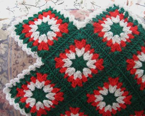 http://www.favecrafts.com/master_images/Crochet/tis-the-season-afghan1.JPG