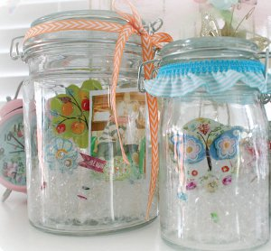 Craft Ideas Glass Jars on 3d Memory Jars   Favecrafts Com