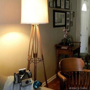 Vintage-Tripod-Lamp.jpg