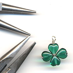 Four Leaf Clover Charm Step 3