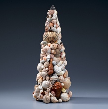Things To Make With Seashells http://www.favecrafts.com/Topiaries/Easy-Seashell-Topiary