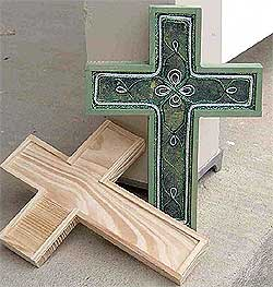 Green Celtic Cross | FaveCrafts.