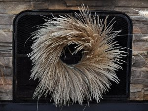 Striking Tiger Grass Wreath