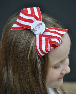 Cat in the Hat DIY Hair Bows