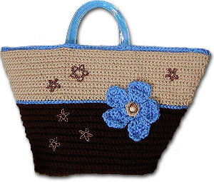 How to Make a Handbag: 14 Crochet Bag Patterns FaveCrafts.com