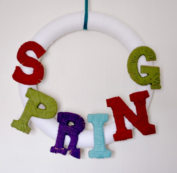 Easiest Yarn Wrapped Spring Wreath