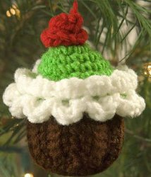 crochet cupcake ornament