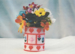 Hearts-and-Flowers-Flower-Vase