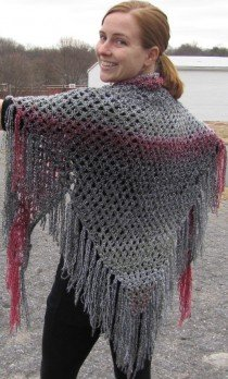 Free Knitting Pattern: Homespun® Easy Triangle Shawl