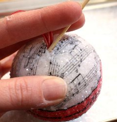 Christmas Ornament Spheres Tutorial
