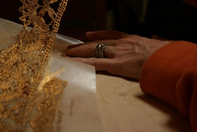 Gold Crown Drying and Removing
