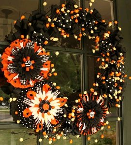 Giant Bow Halloween Wreath