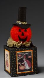 Needlefelted Pumpkin cube