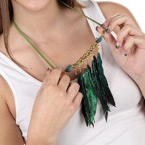 Ruffle Your Feathers Necklace