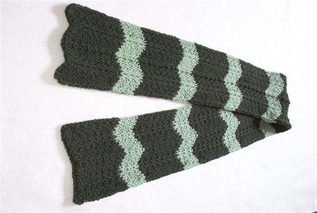 Knitting Board Chevron Scarf