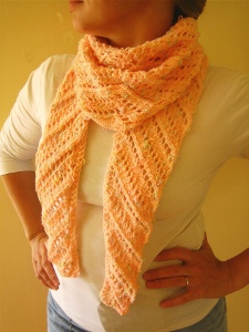 closeout . pattern . Lace Mohair . Diagonal Knit Scarf KK105