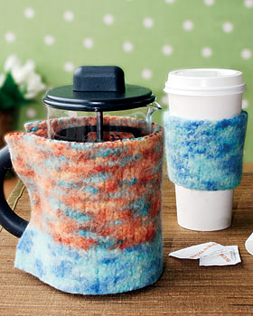 knit coffee cozies