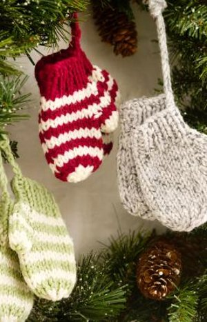 Knit mitten ornaments for Fave crafts knitting patterns