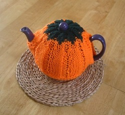 Pumpkin Tea Cozy