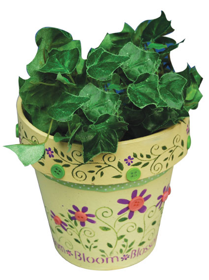 Flower Pot Painting Designs http://www.favecrafts.com/Painting/Floraled-Flower-Pot-Gift-