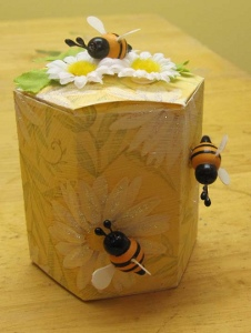 Bees Knees Box