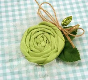 Blooming Irish Flower Pin