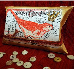 King of the Birds Pillow Box