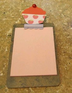 Tiny Cupcake Clipboard