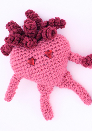 Amigurumi Valentine : Valentine Amigurumi Heart FaveCrafts.com