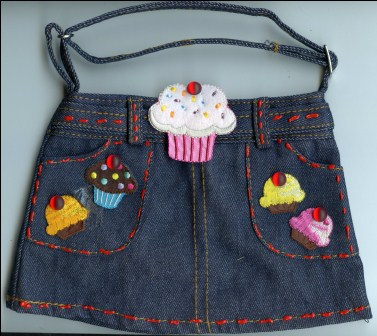 What To Do With old Jeans Purse