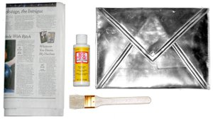 Newsprint Clutch