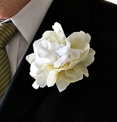 Napkin-Wedding-Flower-Boutineer